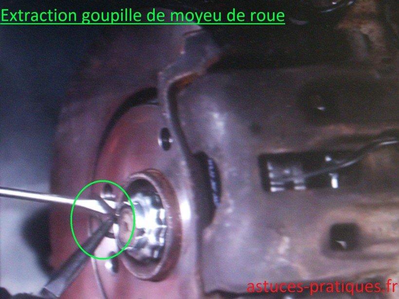 Extraction goupille de moyeu de roue