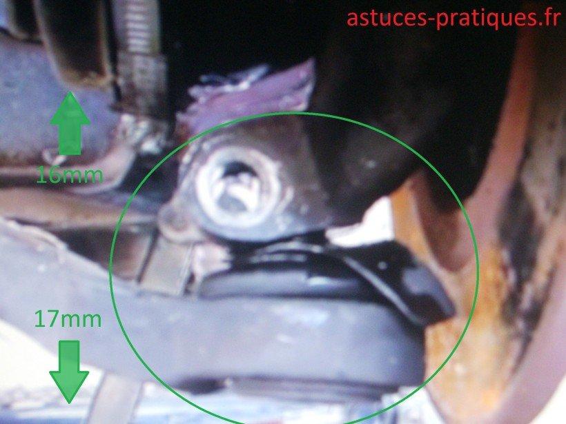 Dépose rotule de suspensions (côté roue)
