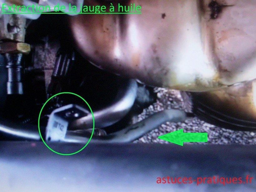 Extraction de la jauge à huile