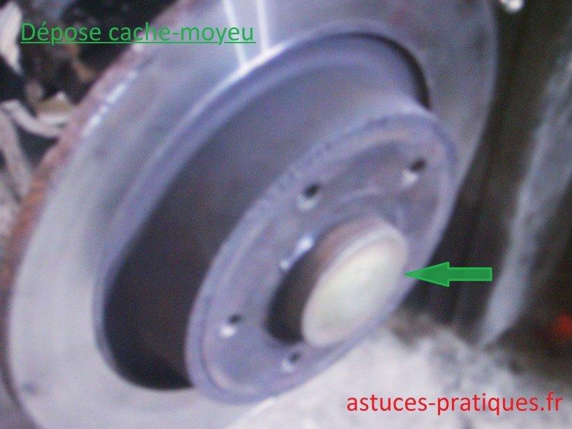 Extraction cache-moyeu
