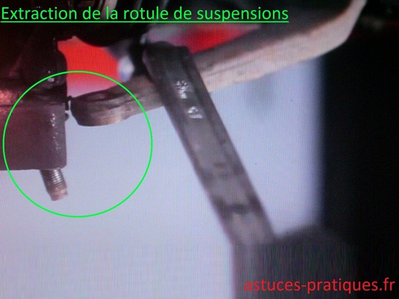 Extraction de la rotule de suspensions