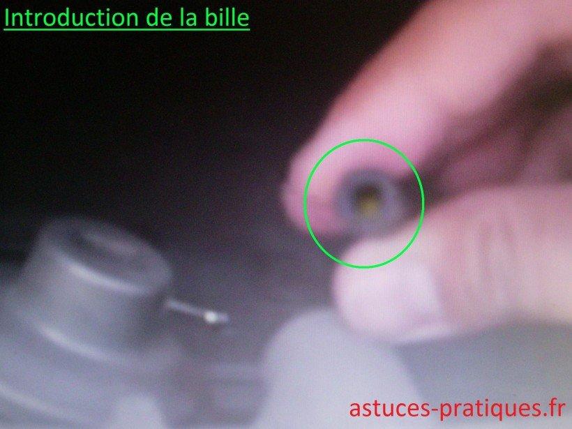 Introduction bille métallique