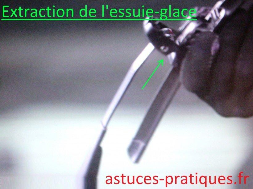 Extraction de l'essuie-glace