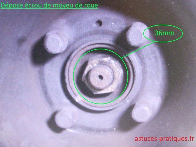 Écrou de moyeu de roue