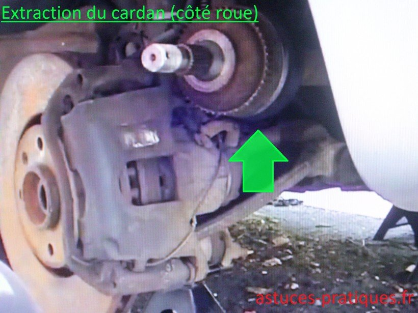 Extraction cardan (côté roue)