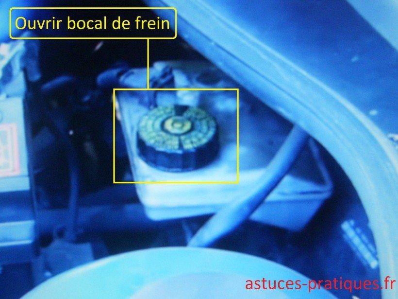 Ouverture bocal de frein