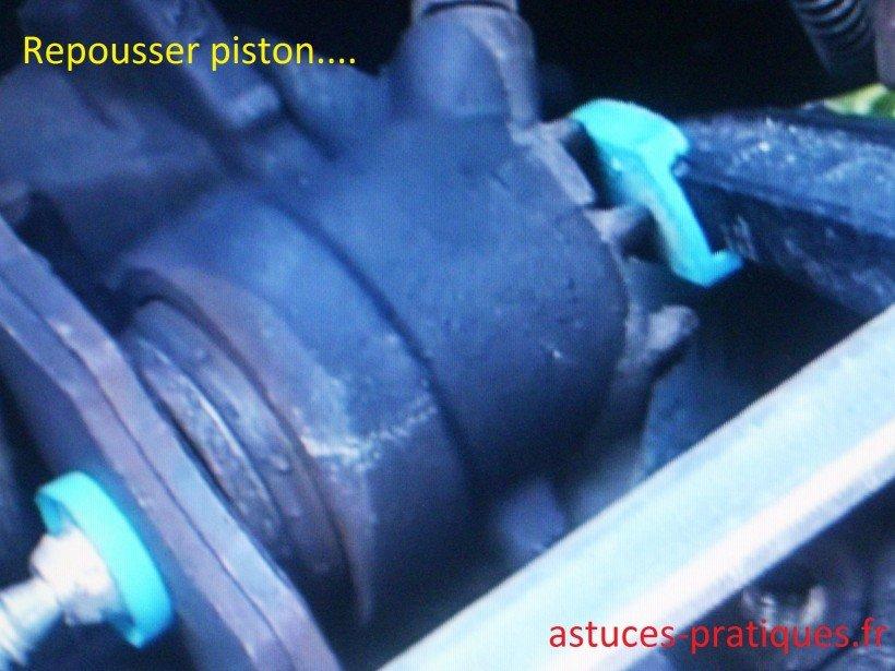 Repousser piston