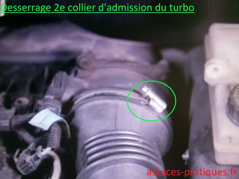2e collier fixation d'admission turbo