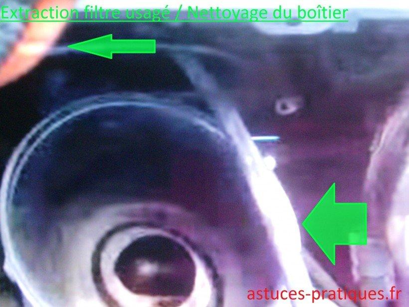 Dépose filtre usagé / Nettoyage du boîtier