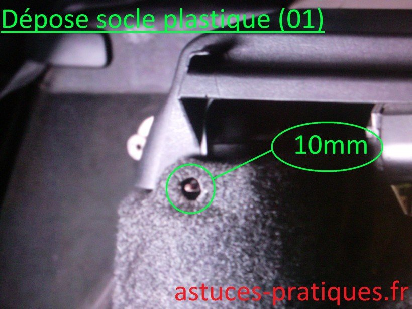 Dépose socle plastique