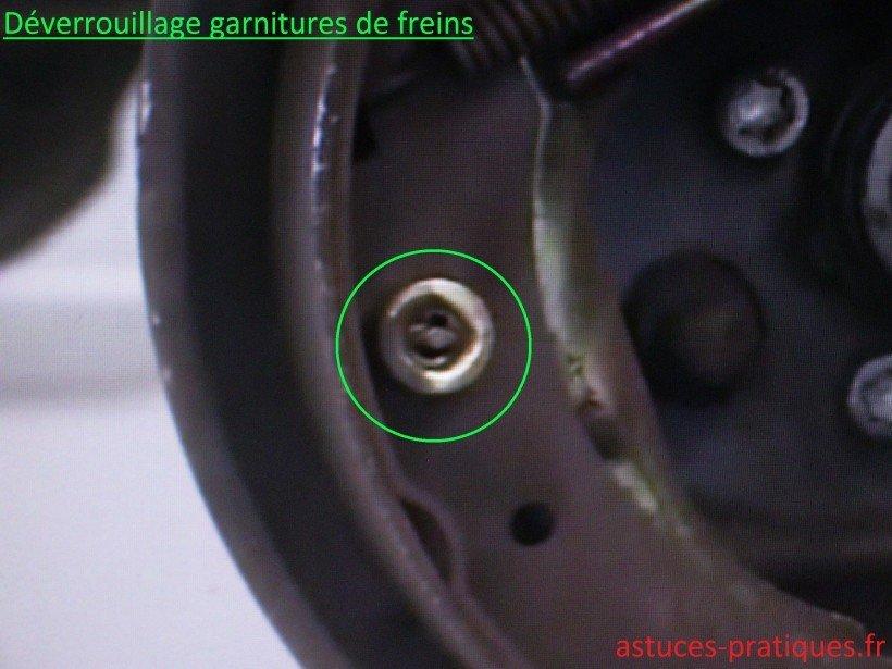 Déverrouillage garnitures de freins