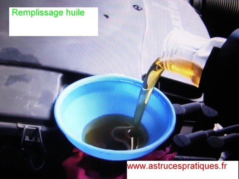 Remplissage huile moteur