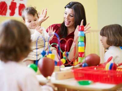 Le complément du libre choix du mode de garde : embauche d'une assistante maternelle