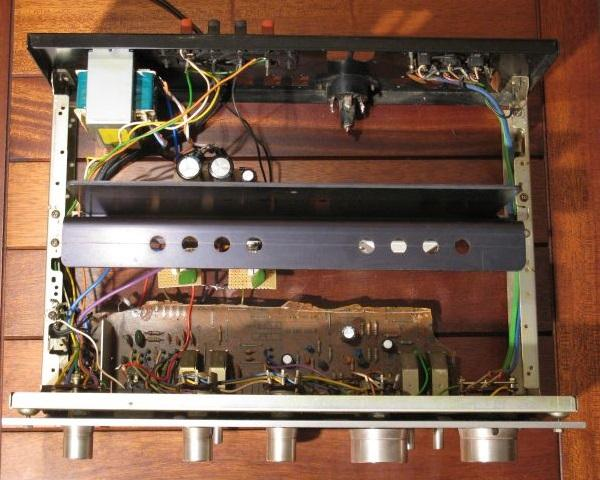 Ampli Pioneer SA7300 : réparation
