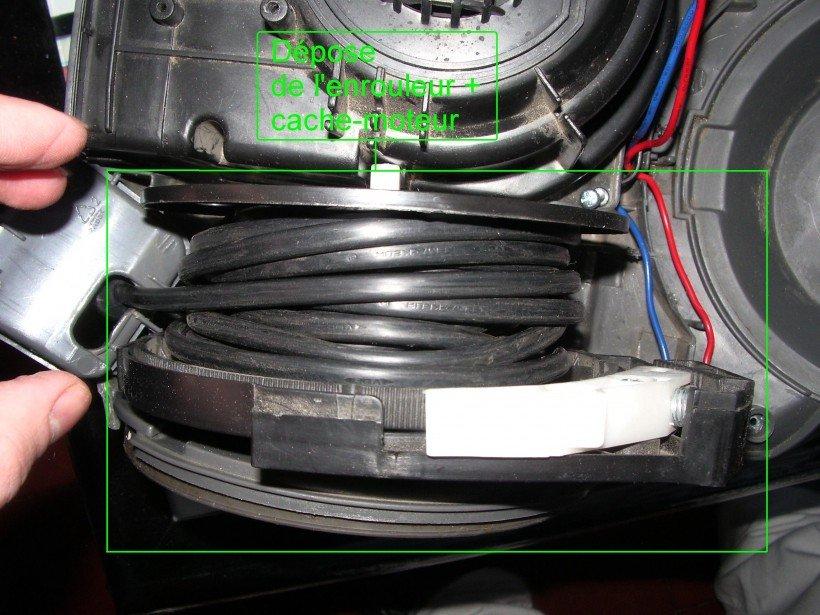 Dépose enrouleur + cache-moteur