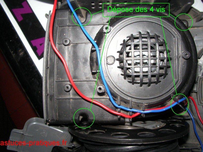Desserrage cache-moteur