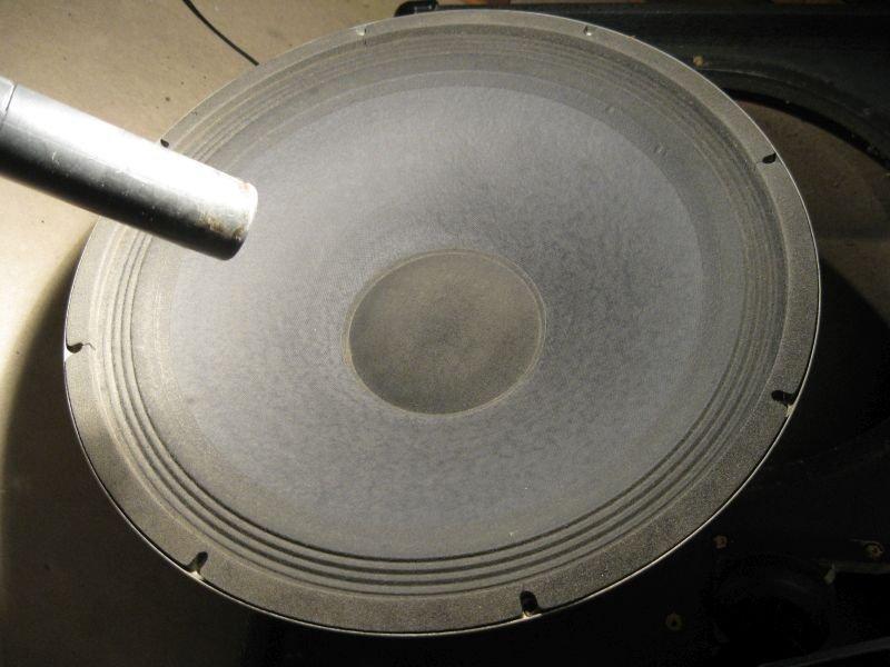 reparation haut parleur aspirateur