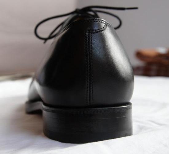 assouplir un contrefort de chaussure en cuir 10