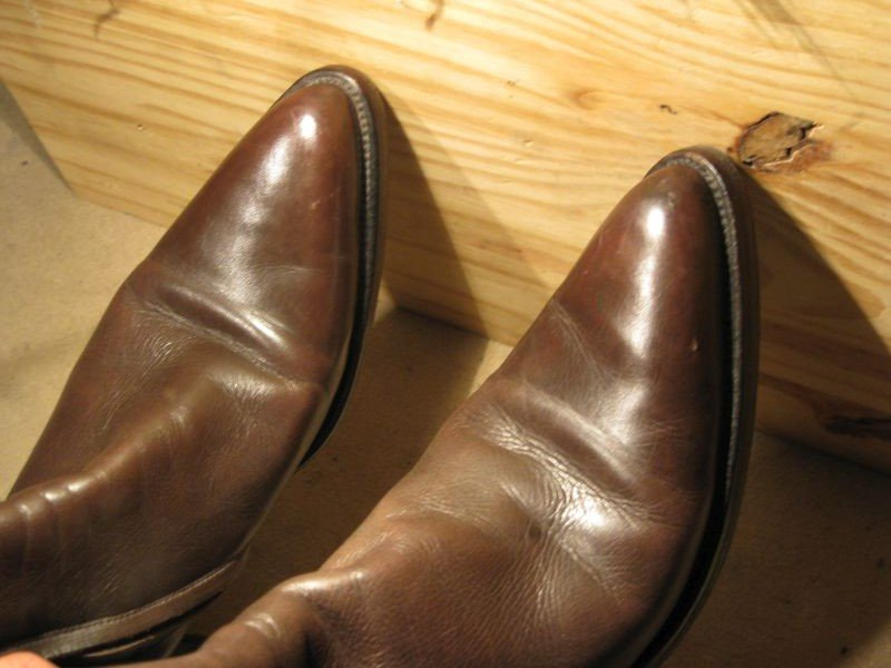 bouts durs cuir chaussures