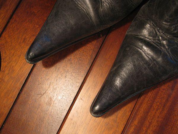 reparer eraflure sur chaussure en cuir 4