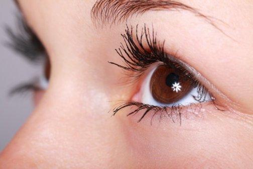 choisir contour des yeux