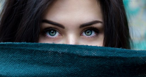 épaissir ses sourcils