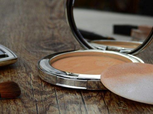 maquillage peau bronzee