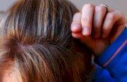 Retarder l'apparition des cheveux blancs