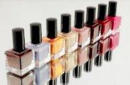 Retirer son vernis à ongles sans dissolvant et naturellement