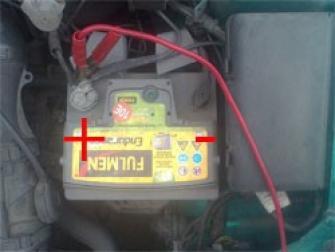 brancher des cables de batterie 3