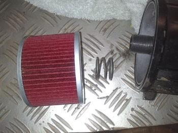 changer le filtre a huile sur fzx750 6