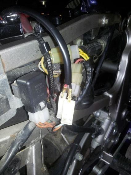 changer le relais clignotant sur gs 500 18