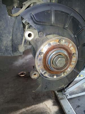 changer les disques et plaquettes de frein sur audi a3 9