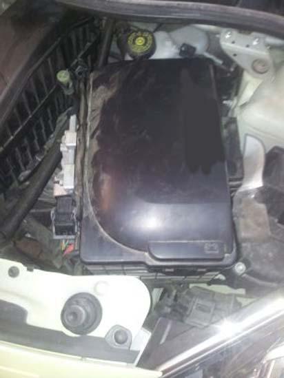 changer une batterie sur une renault twingo 4