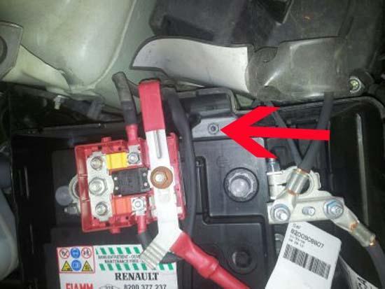 changer une batterie sur une renault twingo 8
