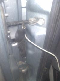 Ouverture de coffre alfa 147 astuces pratiques - Ouvrir une porte de voiture ...