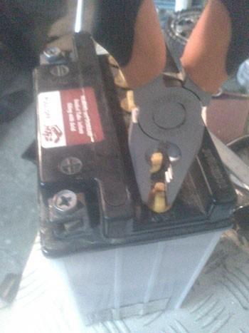 recharger une batterie moto 4