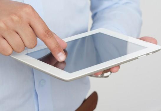 Entretenir un écran Ipad sans risque