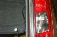 Enlever un feux arrière sur ford fiesta 5