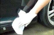 Nettoyer le cambouis ou traces de goudron sur une voiture