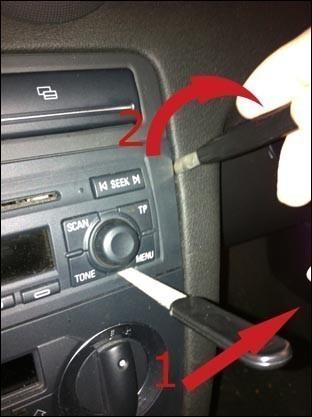 Retirer autoradio audi concert sans les cles 2