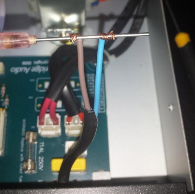changer cable secteur ampli ou platine 6