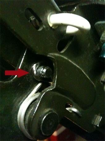 changer le cable de verrouillage du toit de 206 cc 14