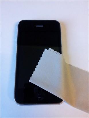 poser un film protection écran téléphone