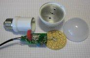 Démonter une ampoule LED