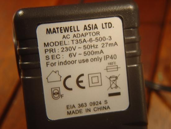 Chargeur de piles non rechargeable realisation 2