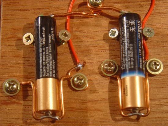Chargeur de piles non rechargeable realisation 9