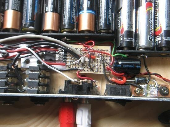 ampli a piles rechargeables 11