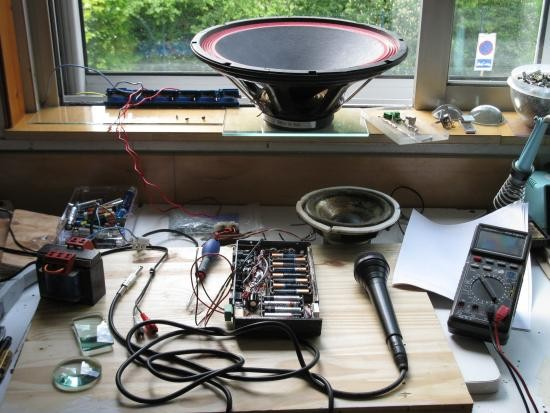ampli a piles rechargeables 7