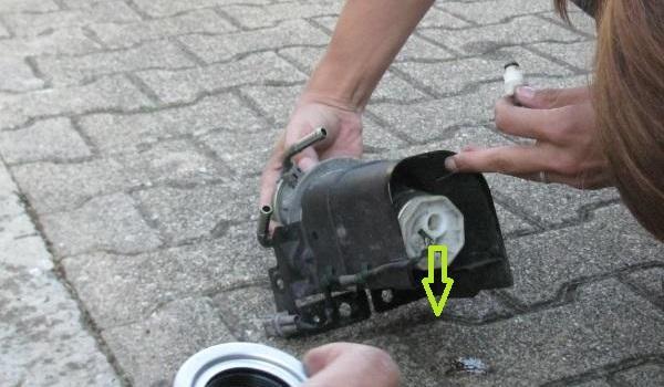 changer filtre gasoil mazda 6 5